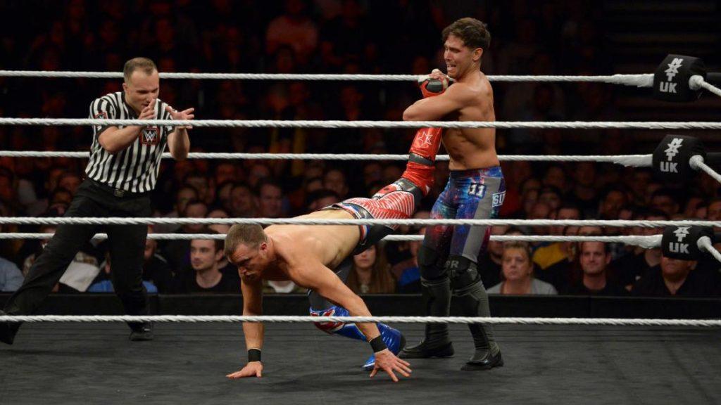Noam Dar defeated Travis Banks