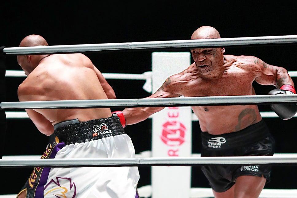 One Nation Radio – 11/29/20 – Tyson vs. Jones Jr./Dynamite/NXT